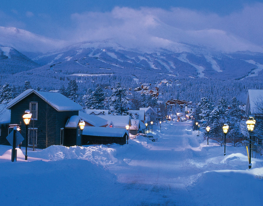 breckenridge snow filled streets