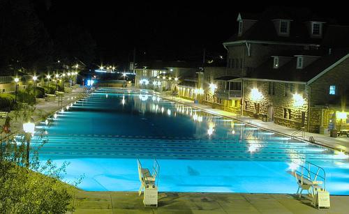 Glenwood Hot Springs Colorado Travel Guide Pool 500x307